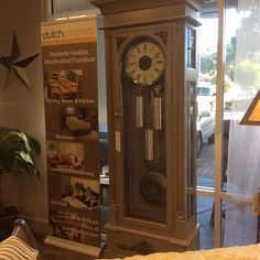 Countdown to the New Year in beautifully crafted dramatic fashion with the Steelton 2005 Grandfather Clock. This beauty featuring a #brushed #nickel lyre #pendulum an automatic night shut off feature and detailed carvings is bringing the #GrandfatherClock back in style. Available online and in our #Sarasota store. #DutchCrafters #AmishFurniture #newyear #allthecoolkidshaveone #hermle