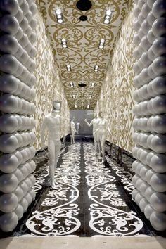 Dutch interior design by Marcel Wanders  TRES cool!