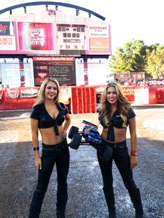 Traxxas Girls ready for trackside demo at MJ Finals in Las Vegas