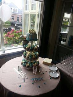 Bruidstaart/cupcake @RestPaerdeburgh 22-8-2014