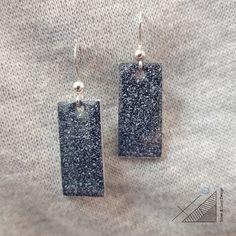 handmade jewel: angles & curves collection, earrings, sterling silver, enamel / χειροποίητο κόσμημα: σκουλαρίκια, ασήμι, σμάλτο Handmade Silver, Angles, Dog Tag Necklace, Drop Earrings, Jewels, Jewerly, Drop Earring, Gemstones
