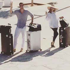 .....and some guests arrive by wheels  #zoomIn #letThePartyBegin @johanneshuebl @oliviapalermo