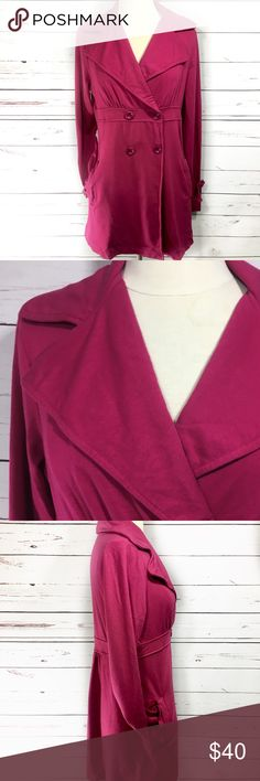 Splendid Double Breasted Coat Splendid Double breasted coat in like a Fuchsia/pink color with pleading at the back. In EUC no visible flaws Splendid Jackets & Coats