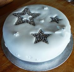 Lancashire Food: Quick and easy mincemeat christmas cake Christmas Cake Designs, Christmas Cake Decorations, Christmas Cakes, Easy Decorations, Minimal Christmas, Simple Christmas, Christmas Ideas, Christmas Stuff, Merry Christmas To All