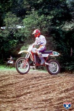 With Unadilla hosting professional motocross racing for the forty-third year, we thought we would wade back through the history books and check out some of the unique wins at this classic American motocross track. Motocross Tracks, Ktm 250, Vintage Motocross, Vintage Bikes, Road Bikes, History Books, Evo, Honda, Twin