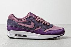 Nike Air Max 1 Purple Suede #nike #sneaker #airmax #airmaxone #airmax1 #purplesuede #suede #purple