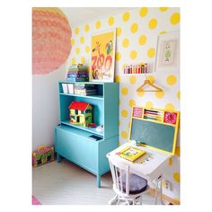 Colorful kids room inspiration from mommo design: YELLOW LOVE Casa Kids, Polka Dot Walls, Polka Dots, Deco Kids, Shared Rooms, Kids Decor, Home Decor, Baby Kind, Little Girl Rooms