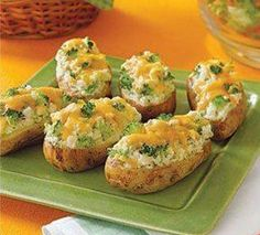 COOKING GUID: BROCCOLICHEESE STUFFED BAKED POTATOES