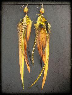 Paire de boucles d'oreilles plumes par BaliWoodShop sur Etsy, $28.00