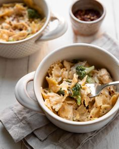 2 tsp better than bouillon beef base see note below 10 oz egg noodles sauce 2 c sour cream 3 tbsp flour Broccoli Chicken, Broccoli Cheddar, Sour Cream Ingredients, Best Beef Stroganoff, Frozen Strawberry Margarita, Sour Cream Sauce, Beef Stew Meat, Chicken With Olives, Egg Noodles