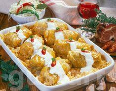 Lajos Mari konyhája - Töltött káposzta Hungarian Cuisine, Hungarian Recipes, Meat Recipes, Potato Salad, Cauliflower, Cabbage, Food And Drink, Rolls, Menu