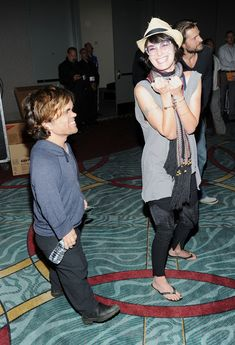 "Cersei being silly with Tyrion!! | ""Game Of Thrones"" Actors Doing Normal Stuff Is So Weird."