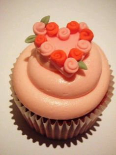 Another valentine cup cake