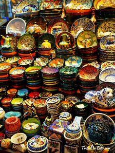 Pottery. Egyptian Spice Bazar. Istanbul, Turkey