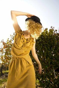 Vintagekleid   Rüschenoberteil   Wickelkleid in der Teille gebunden