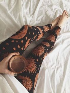 Boho style and cute inspirations, motivation, casual outfit, hippie, cute outfits, coffee, healthy lifestyle, leggings, yoga pants and workout outfit, celestial, sun moon tights