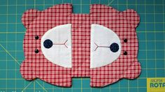 Japanese patchwork teddy bear quilt bag / zipper pouch sewing purse.