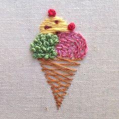 Señorita Lylo — Pistacchio, vainilla con trocitos de chocolate y. Simple Embroidery Designs, Hand Embroidery Projects, Hand Embroidery Videos, Embroidery Flowers Pattern, Creative Embroidery, Hand Embroidery Stitches, Ribbon Embroidery, Cross Stitch Embroidery, Couture