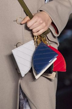 Concept Korea at New York Fashion Week Fall 2020 - Details Runway Photos Small Leather Goods, New York Fashion, Wallets For Women, Clothing Patterns, Pouch, Michael Kors, Concept, Fall, Mini