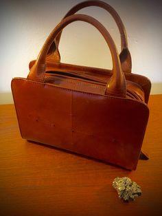 bd17bba72af Items similar to VINTAGE Perry Ellis Leather Boxy Handbag on Etsy