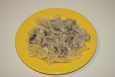 Фарфалле со свининой в грибном соусе