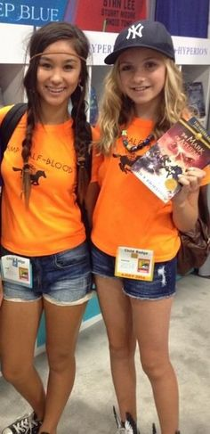 I don't like this cosplay. I just feel as if annabeth and piper wouldn't be dressed in such short shorts. They are both not into fashion and focus on more important things and it just seems out of character for the two.
