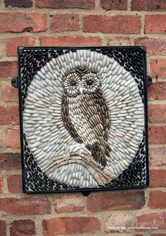 Owl Mosaic, Mosaic Garden Art, Mosaic Flower Pots, Mosaic Pots, Pebble Mosaic, Mosaic Wall Art, Art Auction Projects, Marble Art, Mosaic Crafts