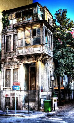 Izmir, Turkey - I would love to reno this!