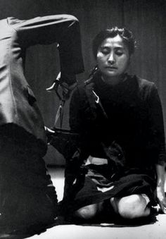 Cut Piece performed by Yoko Ono on July 1964 at Yamaichi Concert Hall, Kyoto, Japan. Yoko Ono, What Is Modern Art, Fluxus Art, Nam June Paik, Aesthetic Experience, Feminist Art, Expressions, Concert Hall, Conceptual Art