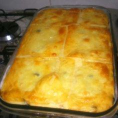 Receita de Torta de frango cremosa da Aline. Enviada por Aline e demora apenas 75 minutos.