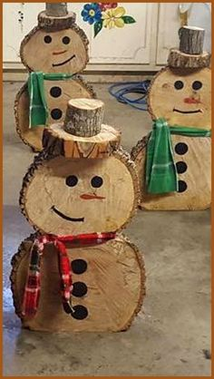 Pin by Kerstin Schäfer on Christmas time decoration Pin by Kerstin . - Pin by Kerstin Schäfer on Christmas time Pin by Kerstin Schäfer for Ch - Wood Log Crafts, Christmas Wood Crafts, Snowman Crafts, Rustic Christmas, Christmas Projects, Holiday Crafts, Christmas Ornaments, Winter Wood Crafts, Wood Snowman
