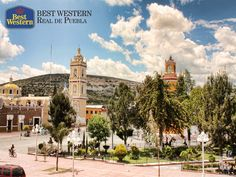 EL MEJOR HOTEL EN PUEBLA. Ubicada a 43 kilómetros de Puebla, se encuentra Tepeaca. Esta ciudad es famosa porque a un costado de la plaza, se encuentra la Parroquia de San Francisco, la cual alberga la imagen del Santo Niño Doctor, a la que la gente agradece favores y milagros. Razón por la cual, este sitio recibe varias peregrinaciones durante el año. En Best Western Real de Puebla, le invitamos a conocer las tradiciones que son parte del estado. #hotelenpuebla