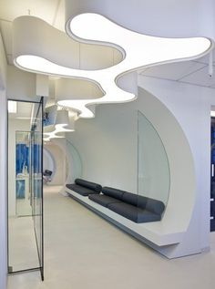 bloo dental- adult waiting area  Forma design