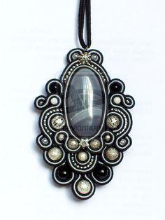 DeviantArt: More Like Soutache set of earrings and necklace by caricatalia Soutache Pendant, Soutache Necklace, Ring Necklace, Earrings, Boho Jewelry, Handmade Jewelry, Fashion Jewelry, Jewelry Design, Jewellery