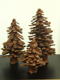 25 Christmas Crafts DIY Easy Fun Projects — remajacantik Unlike your work projects, Christmas projects will be so much fun because you will get to explore your imagination. In this creative endeavor Pine Cone Tree, Pine Cone Christmas Tree, Cone Trees, Pine Cones, Pine Cone Crafts, Tree Crafts, Christmas Projects, Christmas Diy, Christmas Crafts
