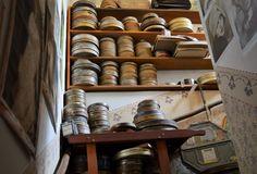 Cateva obiective pe care sa nu le ratezi in Praga - Ioana Vesa Shoe Rack, How To Look Better, Europe, Storage, Places, Furniture, Home Decor, Prague, Purse Storage