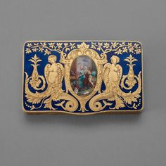A 19th century gold and enameled snuff-box, unmarked. Inside with engraving, Anjol Balesh.