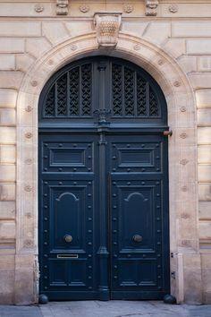 Paris Photograph - Navy Blue Door, Parisian Travel Fine Art Photograph, Home Decor, Wall Art Front Door Cool Doors, Unique Doors, Front Door Design, Front Door Colors, Door Knockers, Door Knobs, Porte Cochere, Architecture Religieuse, Purple Door