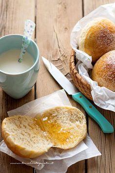 Brioche senza burro, senza uova e senza latte (Brioche all'acqua) 2 - Ricetta Brioche senza burro