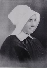 www.civilwartruce.com  Sister DeSales McKelvy of the Sisters of Charity of Nazareth worked in Paducah as a nurse during the Civil War. Throughout the war Sisters would regularly go on to the battlefields in their flowing black robes to rescue the wounded. Many people of the time had never seen a woman religious wearing a habit and did not believe they were actual humans. Some would even sidle up to a Sister and touch their skin to verify that they were, indeed, flesh and bone.