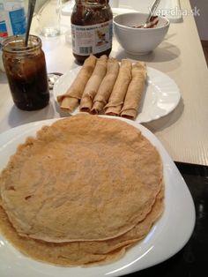 Špaldovo-ražné palacinky My Cookbook, Pancakes, Cookies, Breakfast, Food, Breakfast Cafe, Biscuits, Pancake, Essen
