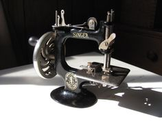 Antique Miniture Singer Sewing Machine