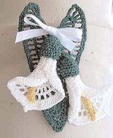 Crocheted calla lily