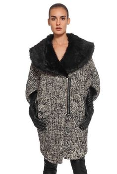 Пальто Шерстяная модель со съемным воротником Материал: 100% шерсть Бренд 29 Desires