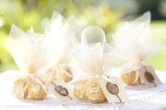 Best idea for wedding favors. I am soooo doing this.