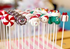 Check out these seriously cute Holiday Cake Pops by @Bakerella Can't wait to hold her new book in my hands!
