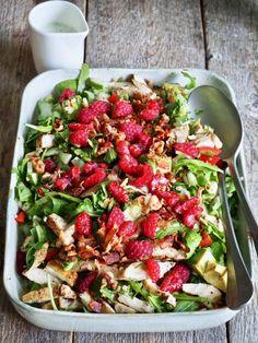 One pot wonder - lettvint gryterett - Mat På Bordet Pasta Salad, Cobb Salad, Zucchini Lasagna, Moussaka, Tex Mex, Penne, Bruschetta, Bon Appetit, Salads