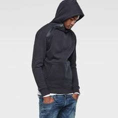 NAVY HOODED SWEAT