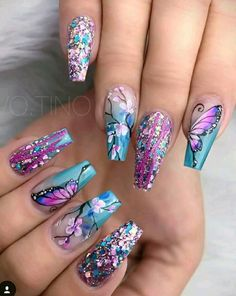 Butterfly nail art designs are loved by women because of its cute, colorful, beautiful patterns and symbolic significance, or simply because the design of butterfly nails has produced attractive effects on nails. Best Acrylic Nails, Acrylic Nail Designs, Nail Art Designs, Nail Designs With Glitter, Unique Nail Designs, Fancy Nails Designs, Different Nail Designs, Butterfly Nail Designs, Butterfly Nail Art