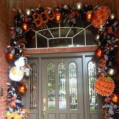 Halloween Garland, Halloween Door Decorations, Halloween Porch, Halloween Crafts, Halloween Ideas, Holiday Fun, Holiday Decor, Deco Mesh Wreaths, Ornament Wreath